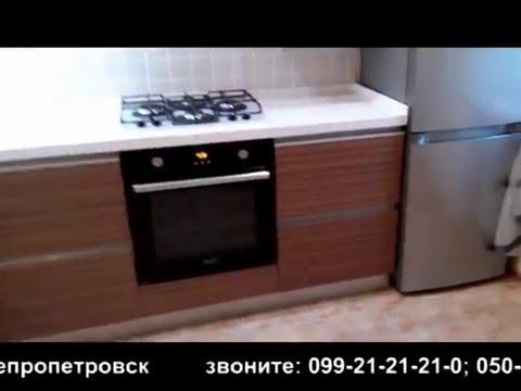 Кухня с фасадами без ручек (профили Volpato)+столешница из искусственного камня