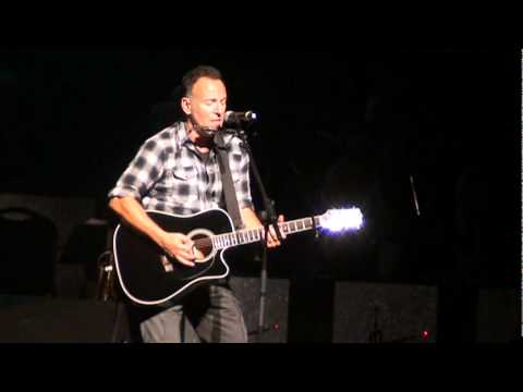 "Bruce Springsteen - Stand Up for Heroes - ""Land of Hope and Dreams"" - Beacon Theatre - 11-9-11"