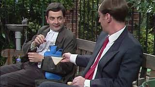 Bank Holiday Picnic with Mr Bean | Full Episodes | Classic Mr Bean