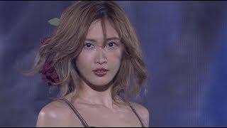 紗栄子が黒のへそ出しコーデでトップバッターで登場!神コレ初出演を飾る! 紗栄子 検索動画 12