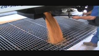 Bourbon Trailers demo - loading & unloading corn at Husker Harvest Days 2013