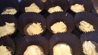 Making Neapolitan '99' Cupcakes!