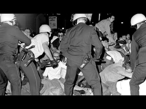 50 Years Ago: As World Watched, Chicago Police Attacked Protesters at '68 Democratic Convention