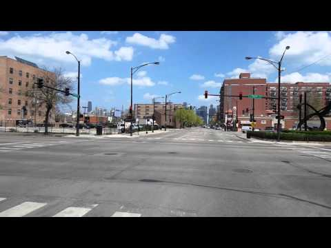 Chicago : Eastbound  Madison Street passing by the United Center/Madhouse on Madison 4-25-2016