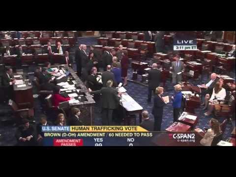 Budding Bromance: Rand Paul And Harry Reid Wear Shades On Senate Floor