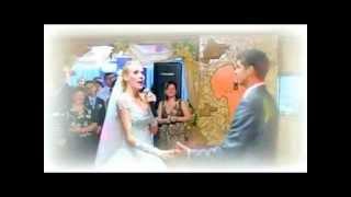 Копия видео Свадебная песня в подарок любимому. Свадьба Андрея и Инны(Песня называется Мій коханий. Исполняет Инна Дубчак. Написана для моего любимого мужа как подарок на свадьбу., 2013-07-04T10:47:39.000Z)
