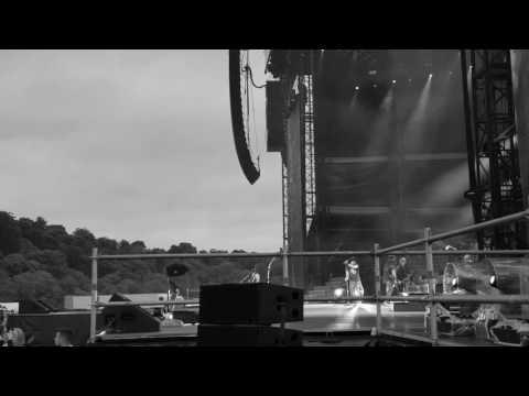 Slane 2017 Black Hole Sun (Guns N' Roses Chris Cornell tribute)