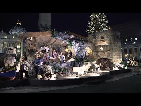 Preparations begin for Christmas manger in St. Peter's Square