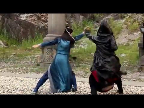 [Hậu trường Trạch thiên kí tập 25,26] Trần Trường Sinh khen ngợi Hắc Bào múa giỏi
