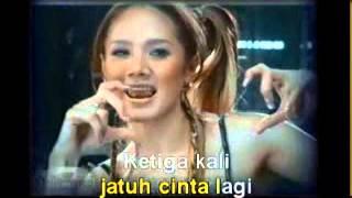 mulan jameela jatuh cinta lagi karaoke asli