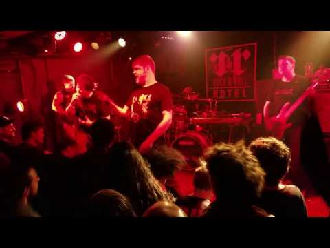 Pig Destroyer - The Diplomat live 3 Dec 2016 at Rock & Roll Hotel