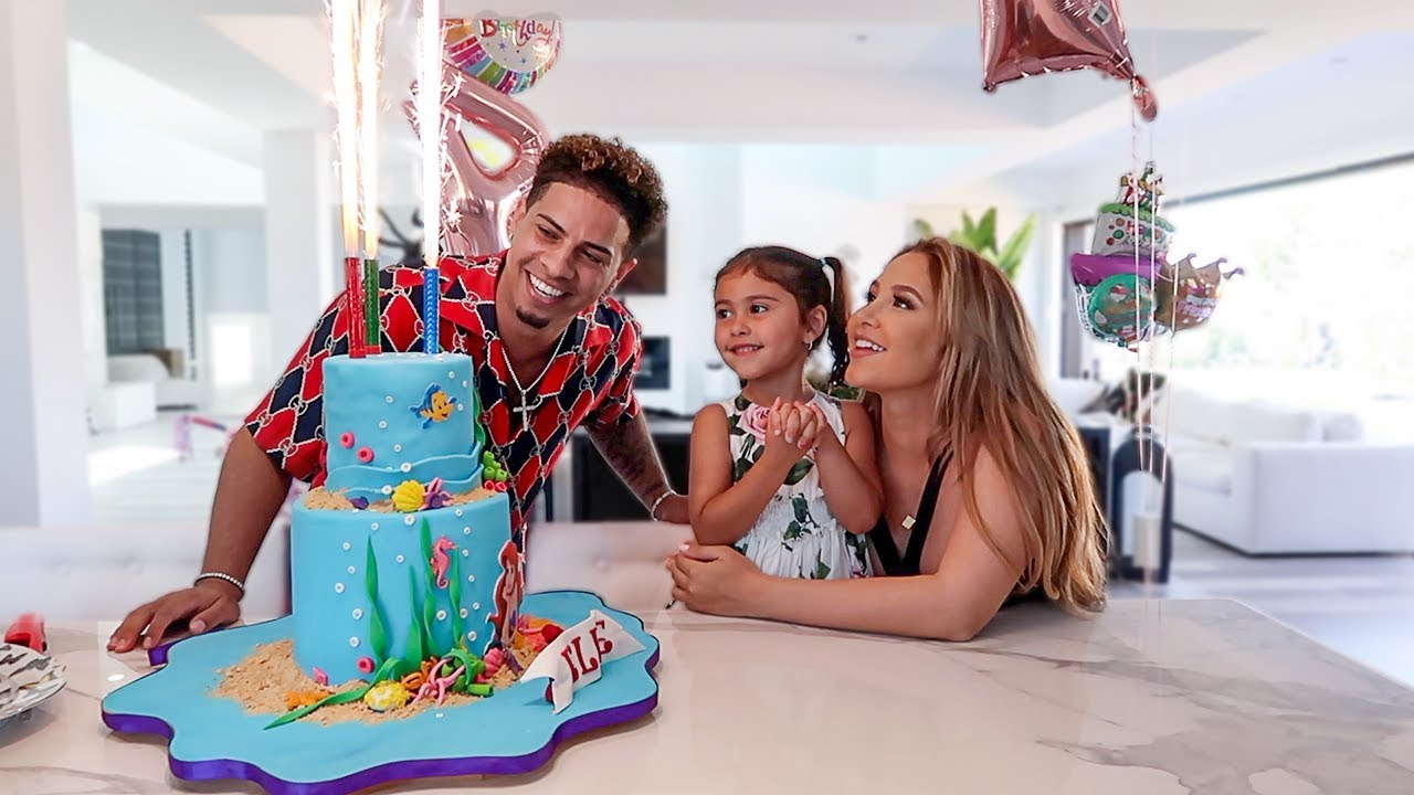 ELLE'S 4TH BIRTHDAY PARTY SPECIAL!