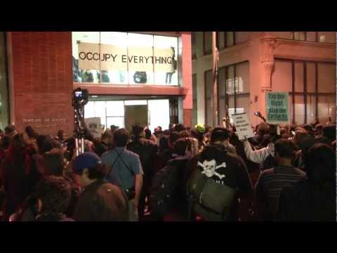 Occupy Oakland Traveler's Aid Building Takeover and Police Response - November 2 to 3, 2011 (HD)