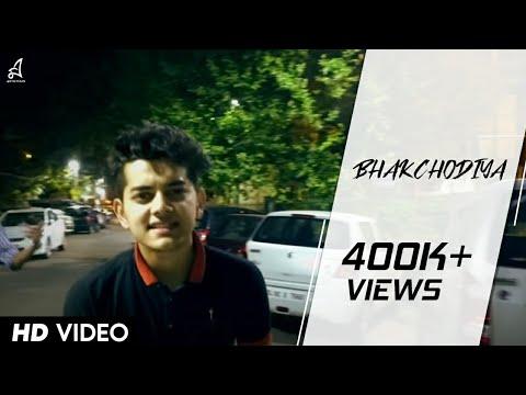 BHAKCHODIYA Official Video   Muhfaad   Funkaar   2016