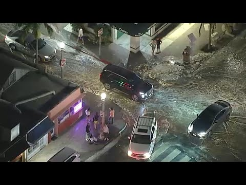 Newport Beach, CA streets flooded at high tide | ABC7