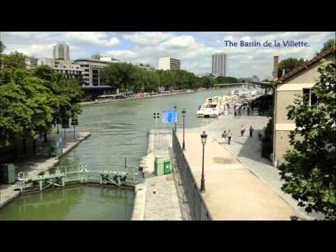 France: Paris - The Canal Saint-Martin from the Bassin d'Ars