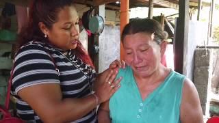 Doña Cristina llora por su hijo que se encuentra  muy mal