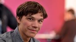 """Berlinale Nighttalk mit Gastkritiker Sebastian Urzendowsky zu """" Cinderella"""""""