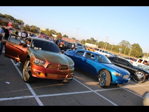 WhipAddict: Dodge Charger SRT8 on Gold DUB 32s, Charger on DUB 30s, Chevrolet Camaro SS on DUB 32s