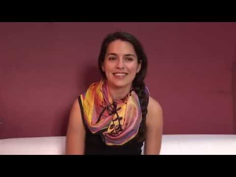 COMMITTED Melia Kreiling  English
