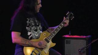 Roland CUBE-XL Mike Scaccia Demo