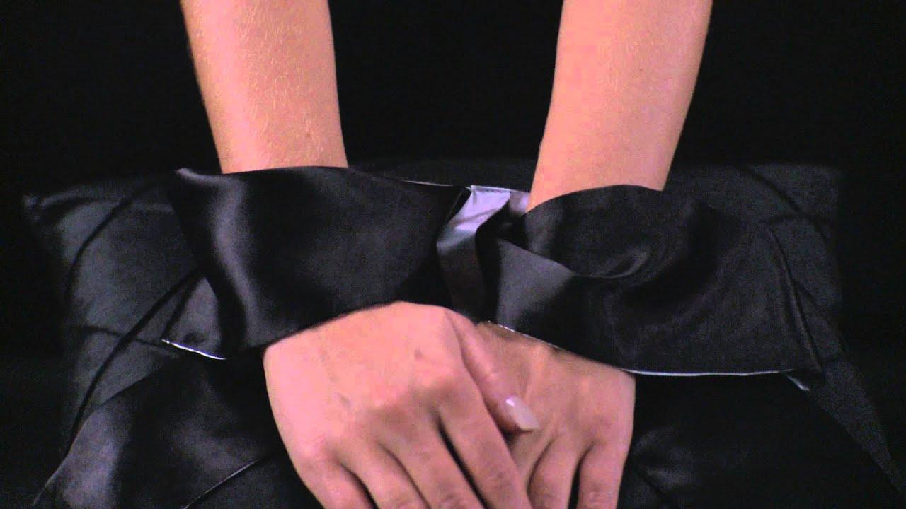 Серый галстук для мальчика playtoday арктикул 461703 купить в интернет магазине odevaika. Ru. ✓скидки до 70% в официальном дисконт-центре.