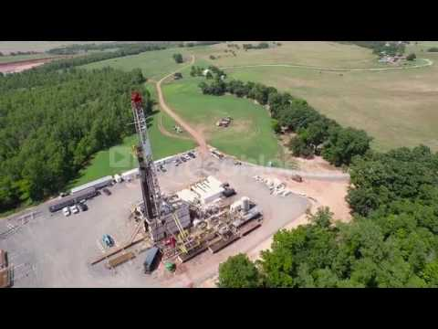 wide aerial of drilling high left to right e14ktmbtg
