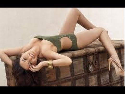 Hot And Sexy Photoshoot Of Prachi Desai