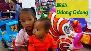 Download Video Naik Odong Odong Adel - Mainan Anak Belanja Shopping - Makan Steak - Tori Airin MP3 3GP MP4