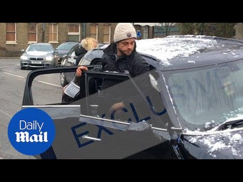 Ant McPartlin looks shaken and unsteady after car crash in London - Daily Mail