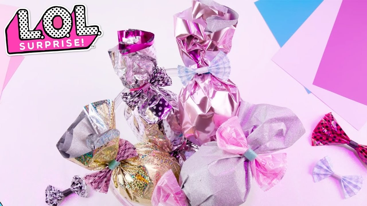 LOL Surprise! | How Do You Gift Wrap LOL Surprise Stocking Stuffers?