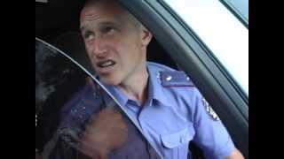 Печерські міліціанти нарешті перемогли кавоварки на Арсенальній площі