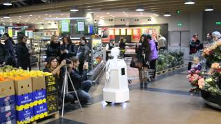 Робот - промоутер(, 2013-09-28T14:00:13.000Z)