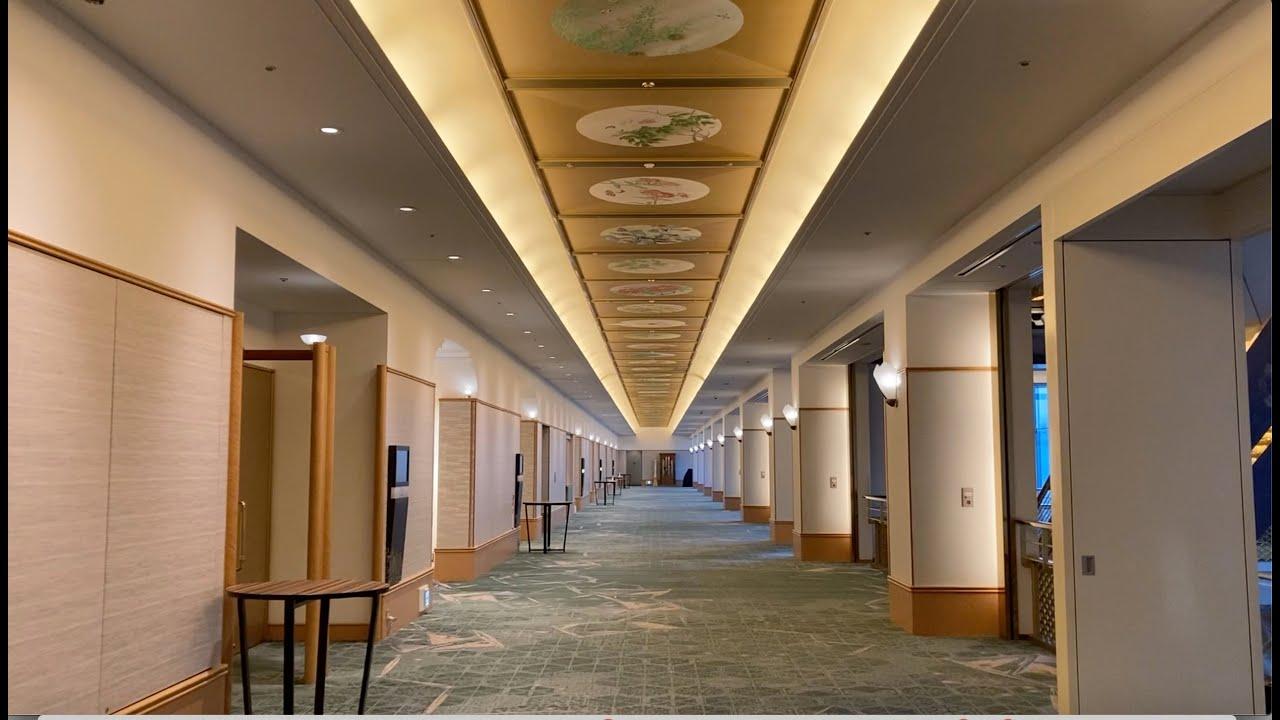 Unbelievable Tokyo Spots: An Opulent Hotel & Aquarium