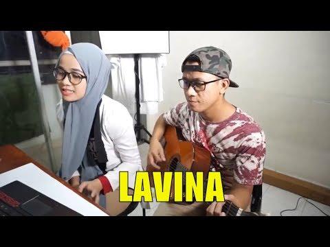 Lavina - Pilihan Hatiku ( Cover by Nia)