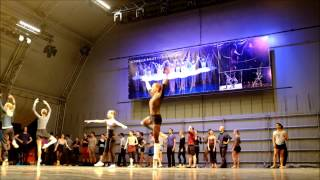 Live demo of a ballet class by the Royal Ballet of Flanders