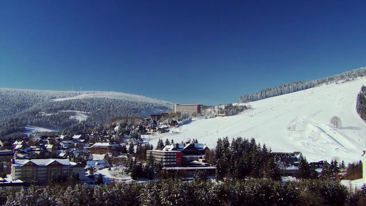 Winterurlaub Ahorn Hotel Am Fichtelberg Oberwiesenthal Im Erzgebirge