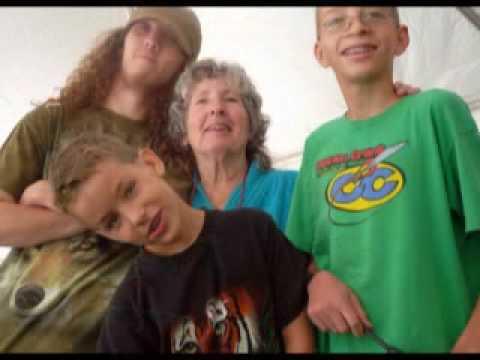 Macarus Family Stills