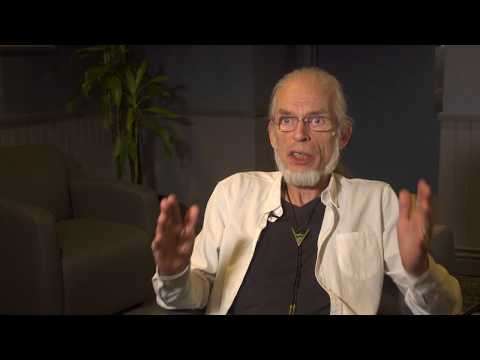 YES - Topographic Drama - Steve Howe Q&A 6/9 & The Revealing Science of God (live excerpt)