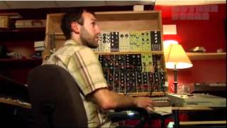 Artist Interview - RJD2 makes some cobbler
