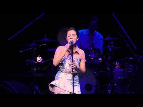 RAISA Apalah Arti Menunggu Live in Singapore