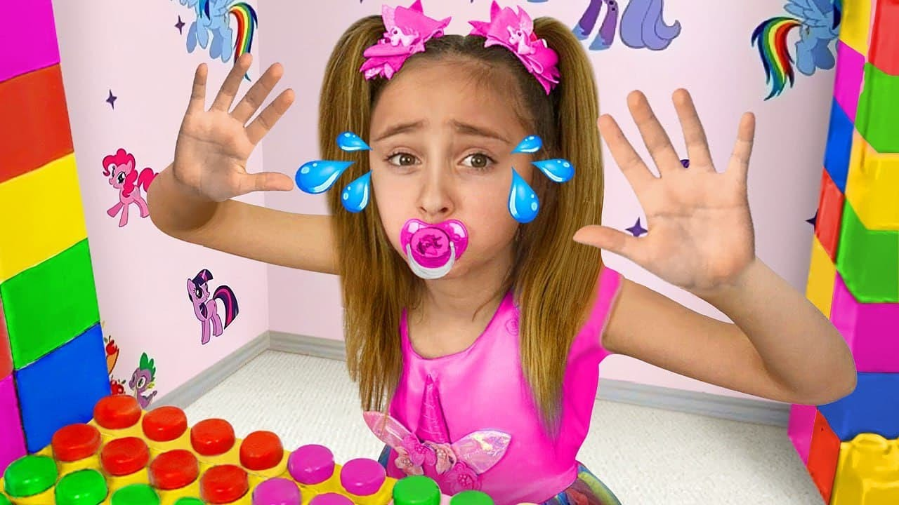 Download Sasha plays in Professions and Learns to share toys in Lego Playhouse