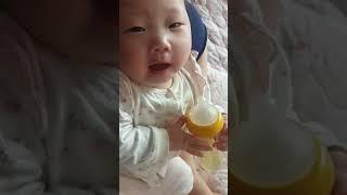 아기 우유먹고 키양