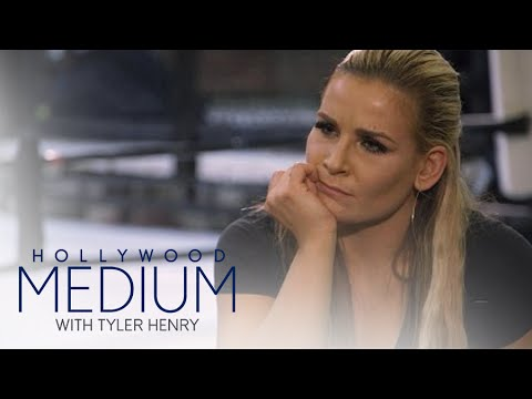 Nattie Niedhart Connects to Uncle Owen Hart  Hollywood Medium with Tyler Henry  E!