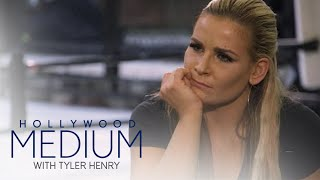 Nattie Niedhart Connects to Uncle Owen Hart | Hollywood Medium with Tyler Henry | E!