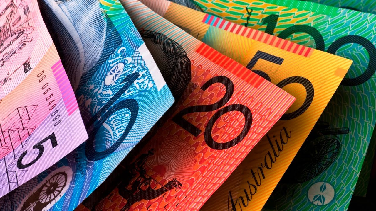 """Australia"" 'Orwellian new law' seeks to ban cash transactions over $10,000"
