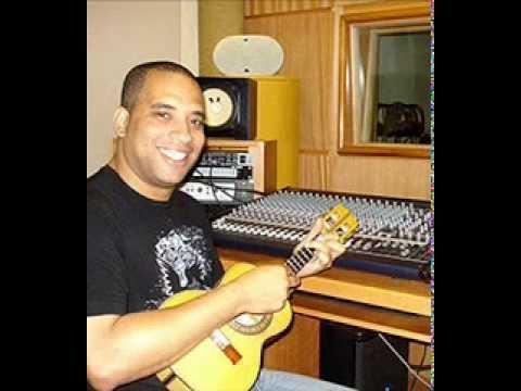 AMOR DE FEVEREIRO (Reginaldo Bessa/Nei Lopes) cantada por LEONARDO BESSA