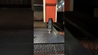 METALBOX 파이버레이저 6KW SS 12T 절단