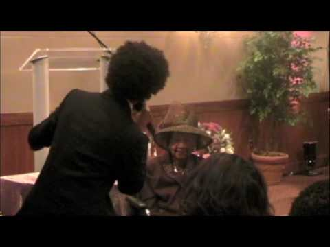 BRYAN WILSON SINGS TRIBUTE TO DR. DOROTHY HEIGHT