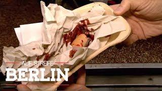 Rasierklingen im Würstchen! Maxim (2) schwer verletzt!   Auf Streife - Berlin   SAT.1